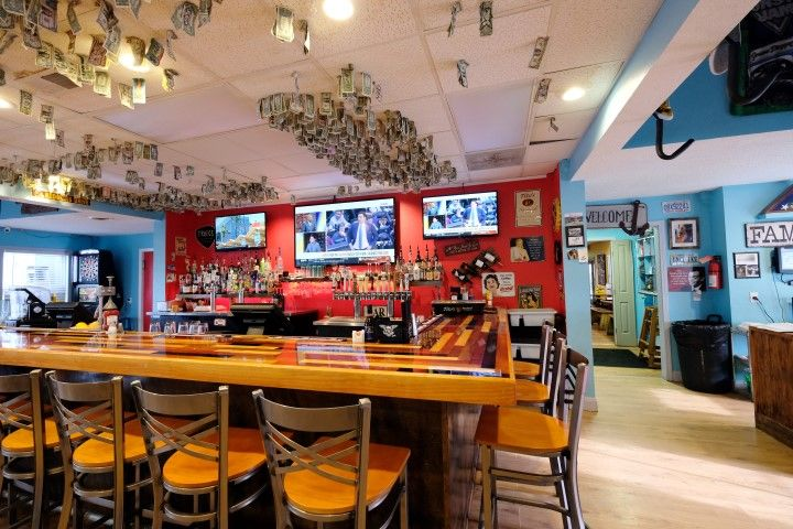 Uncle Ike S Sandbar Grill Outer Banks
